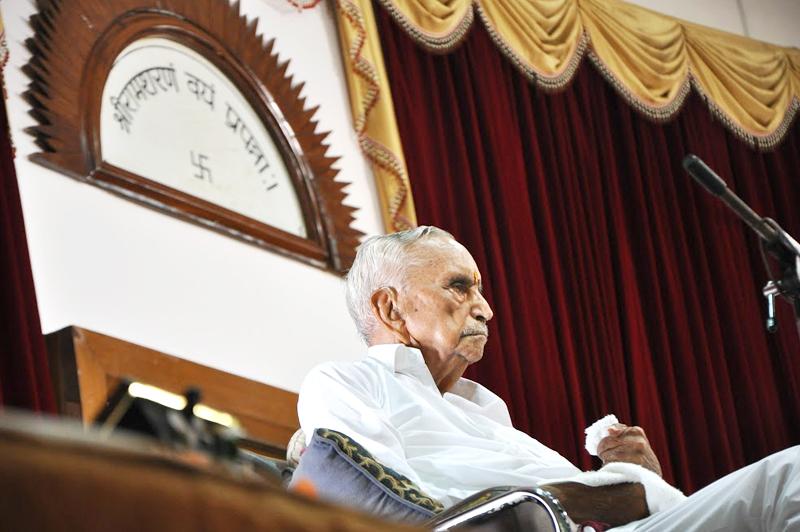 pujyabadepitaji1